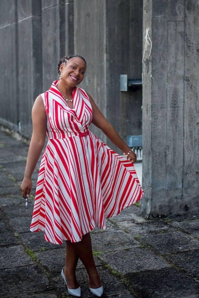 reines-des-temps-modernes-beau-livre-bois-toile-du-marais-precommander-afro-afrique-histoire-poesie-photographie-art-design-modele-black-noir-femme-naika-pichi3