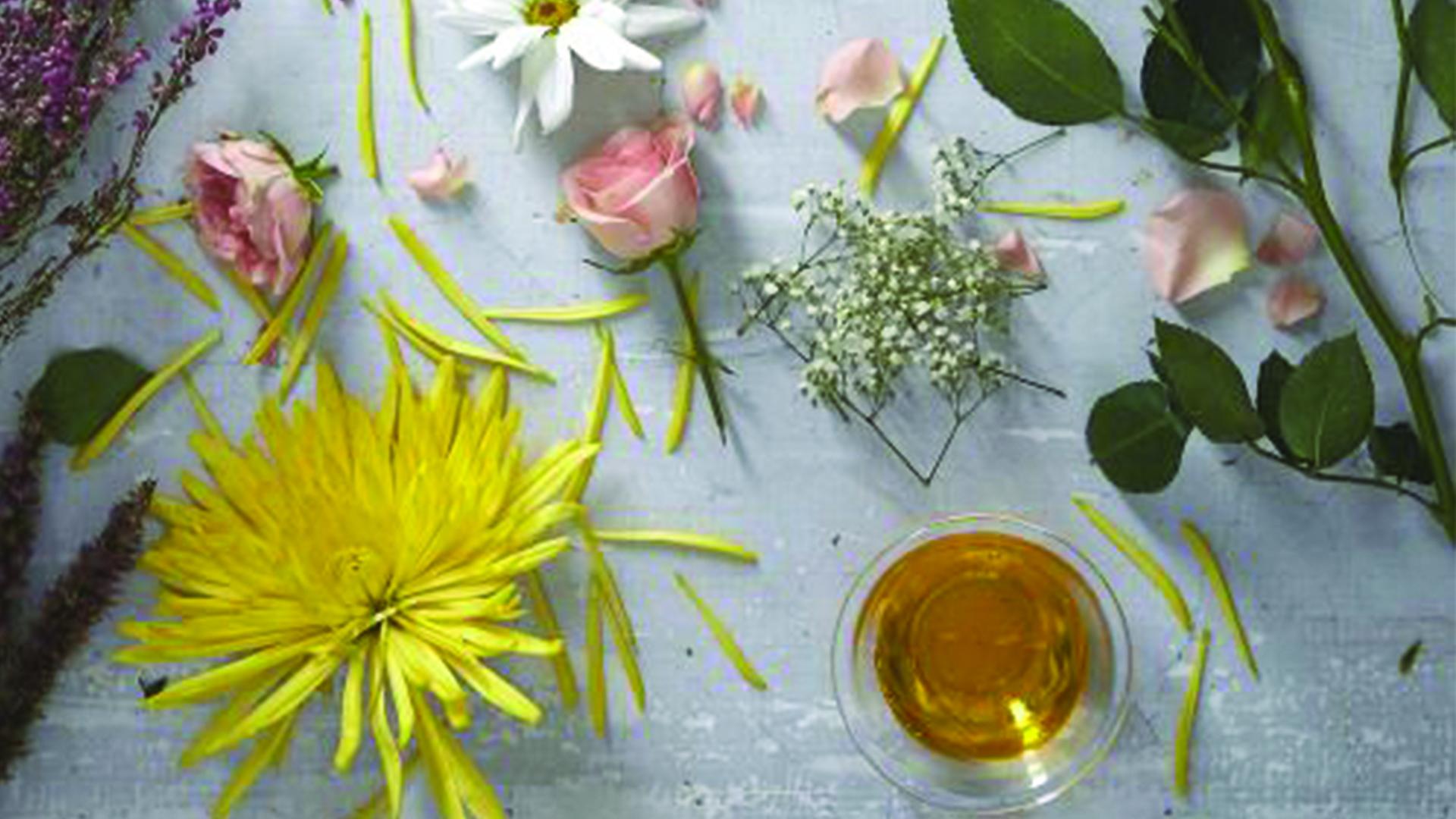 3 huiles essentielles pour un v ritable bien tre reines. Black Bedroom Furniture Sets. Home Design Ideas
